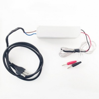 Alimentatore 12V 8A completo di cavi di connessione a barra