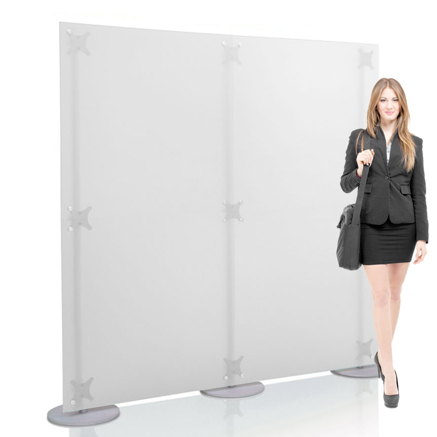 Parete divisoria dritta 200x200 cm h, con pannelli in PMMA semi trasparente.