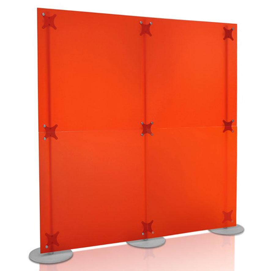 parete divisoria in plexi bisatinato con pannelli in PMMA colore rosso